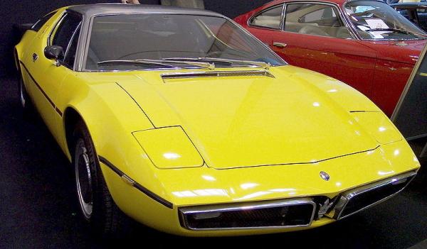 Maserati_Bora